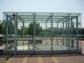 阳光棚采光顶、观光电梯、玻璃雨棚安装维修